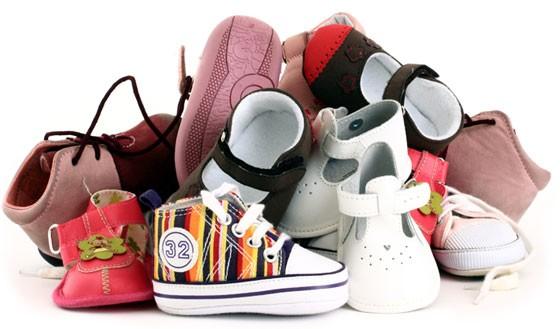 Як правильно вибрати якісне дитяче взуття c09ef77278b9f